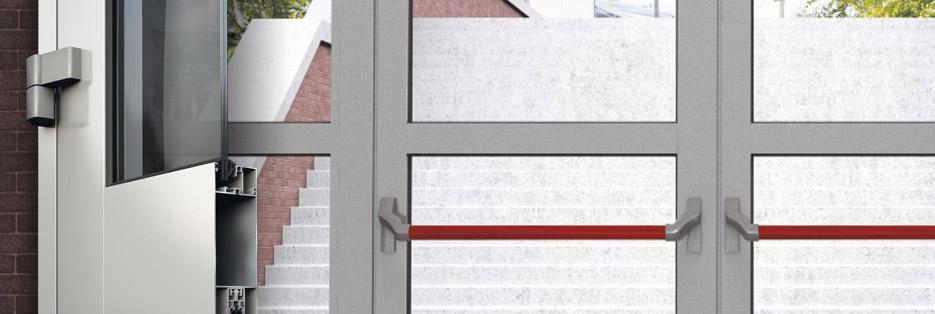sistema a battente per porte d'ingresso